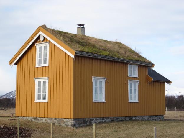 Lovikhuset er det ene huset på Loviktunet. Huset er fra ca 1750 og er et tradisjonelt Nordlandshus.