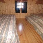 2 brede madrasser kan sove 2-3